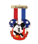 USA Medal Patriotic Flag Ribbon Mickey Salute Disneyland